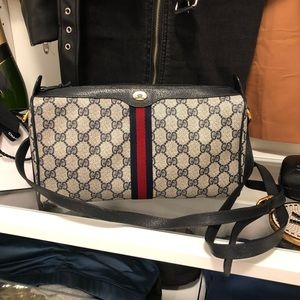 Gucci Vintage GG Supreme Shoulder Bag Navy